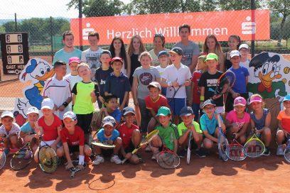 Mini-Midi-Kids Cup 2016 mit Bezirksmeisterschaften Kleinfeld: TC Bischweier zeigte sich einmal mehr von seiner besten Seite