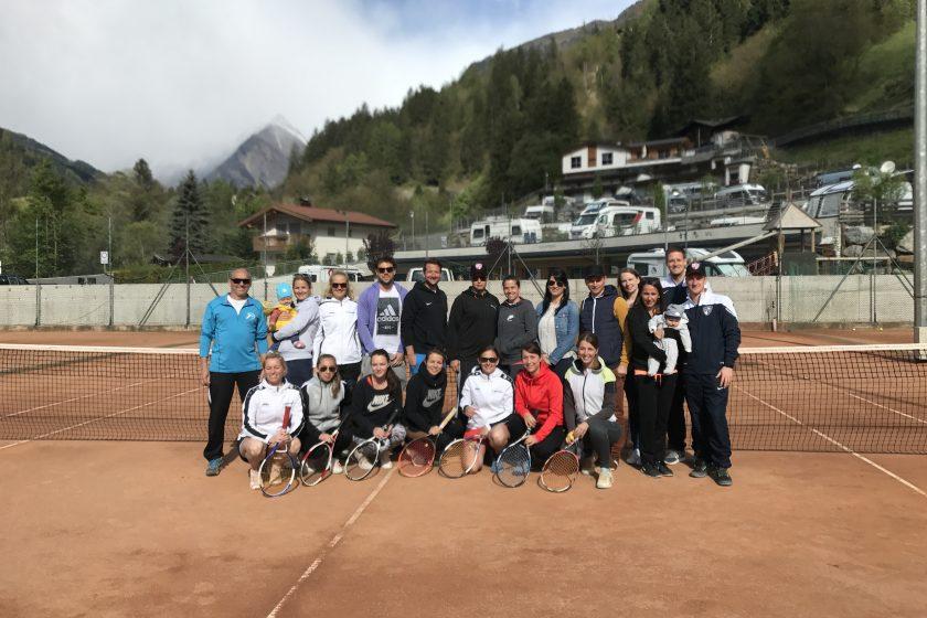Saisonvorbereitung in Südtirol: Damen- und Herrenmannschaften starten in die Sandplatzsaison