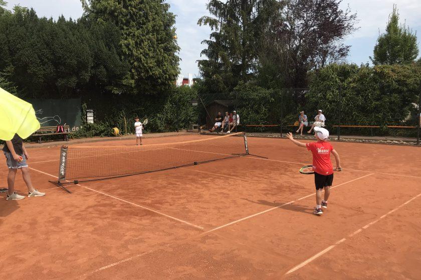 Kostenlose Schnupperkurse auf der Tennisanlage für Kinder von 6 bis 10 Jahren