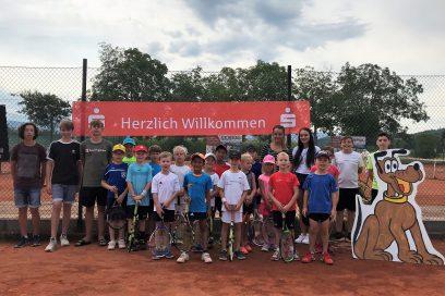 Kids Cup 2018 mit Bezirksmeisterschaften Kleinfeld beim TC Bischweier: TCB-Nachwuchs sicherte sich zahlreiche Podestplätze